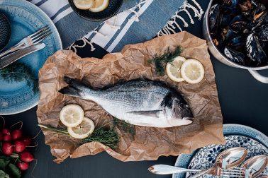 Mittelmeerfisch in Folie