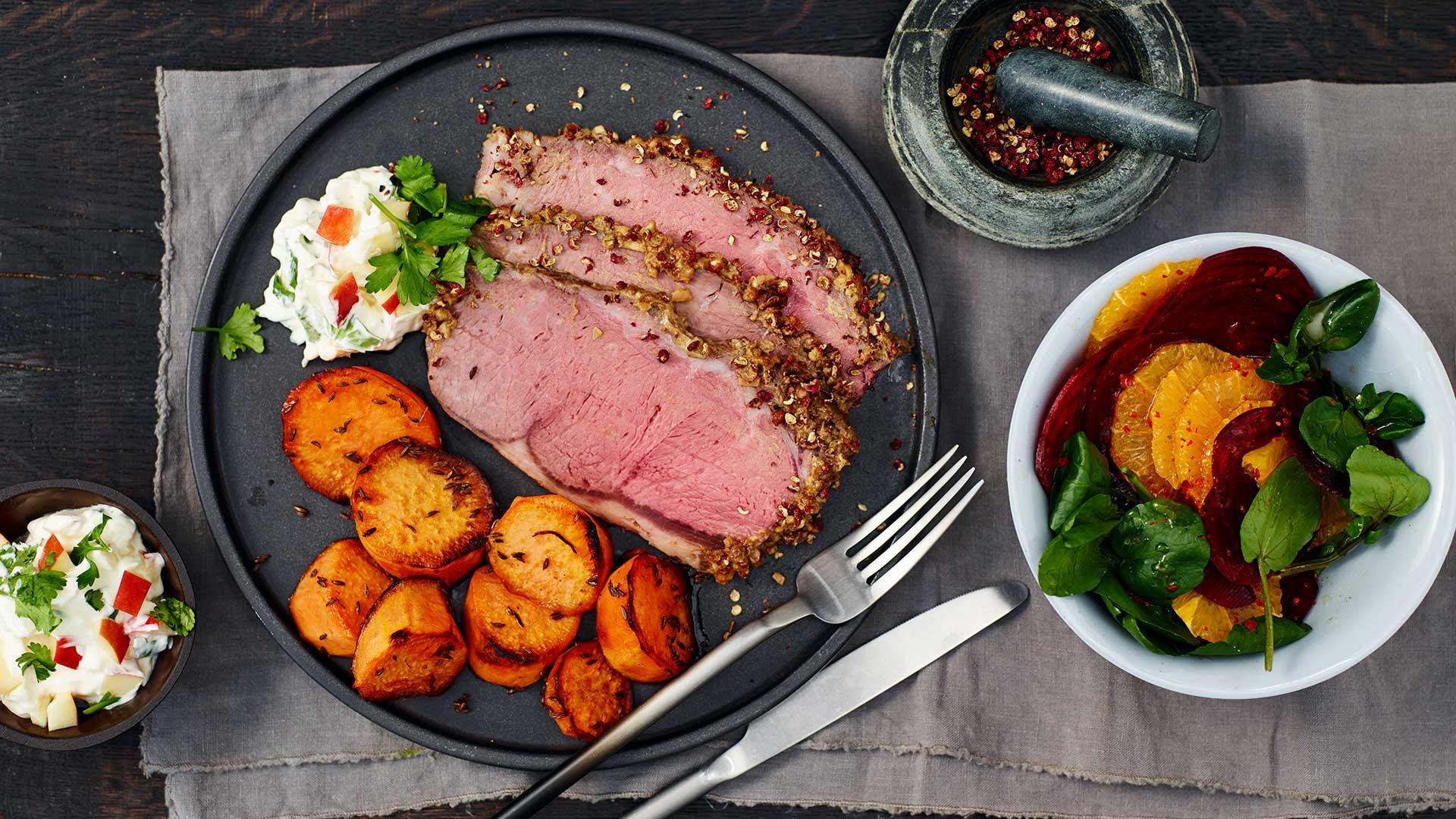 pfeffer roastbeef mit rote bete orangen salat und k mmel s kartoffelspalten fuchs gew rze. Black Bedroom Furniture Sets. Home Design Ideas