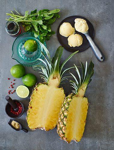 Zutaten für gegrillte Ananas