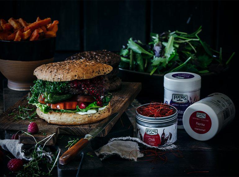 Burger mit Himbeer-Chutney