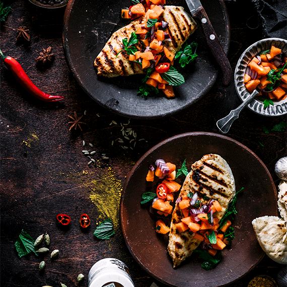 Indisches Buttermilch Hähnchen mit  Papaya-Salsa
